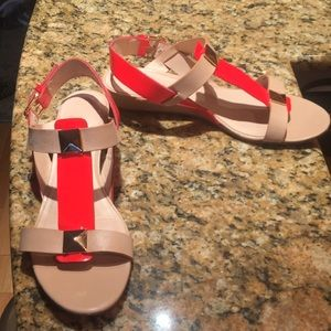 Gently used kate spade sandals